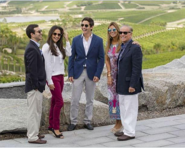 Alejandro P Bulgheroni e familia