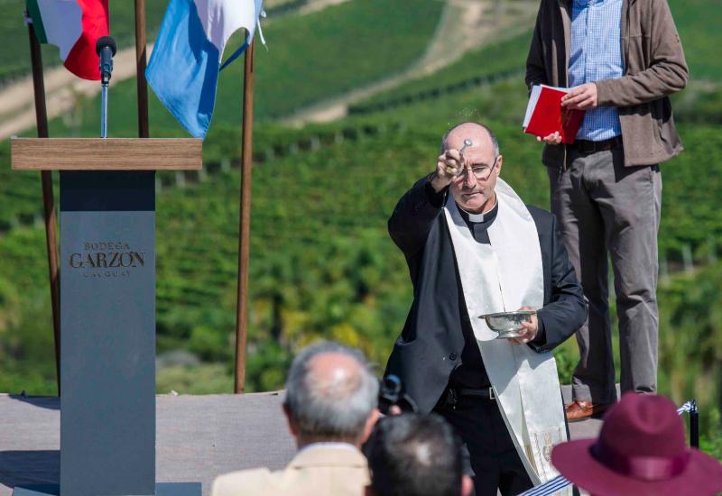 Inauguración Bodega Garzón