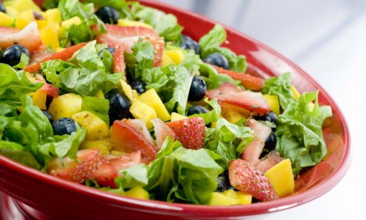 Ensaladas frías: 4 recetas fáciles para el verano