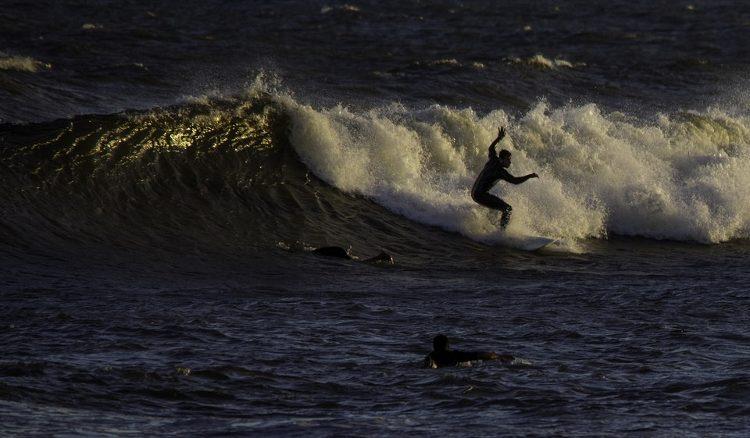 Surf en Uruguay: los mejores lugares para practicarlo