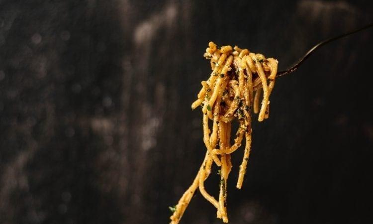 Maridajes ideales entre spaghetti y vino